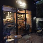 Sprucy Cafe & Bakery Foto