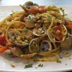 Spaghetti vongole e pistacchi