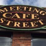 صورة فوتوغرافية لـ Meeting Street Cafe