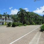 Hotel Grand Chancellor Palm Cove Photo