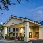 Photo de Days Inn & Suites Lakeland
