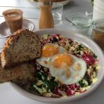 Buddha Bowl - veg Fried eggs, quinoa, kale, roasted cauliflower, pickled red cabbage, toasted al