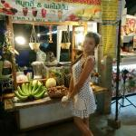 Good fruit shakes & smoothies at food center in Kalare Night Bazaar 😃👌🏼👍🏼