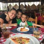 Vagabondo Pizza and a happy family