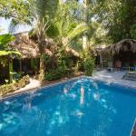 Photo of La Posada Private Jungle Bungalows