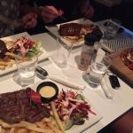 Photo de The Beach Bar & Grill