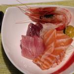 自助餐生魚片