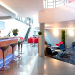Photo of Novotel Paris Suresnes Longchamp