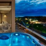 Family suite with Whirlpool