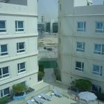 Photo de Al Bustan Centre & Residence