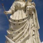 Monumento a la Virgen del Socavon