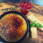 Vanilla bean creme brulee' ~ boozy cointreau mascerated strawberries  ~ house baked shortbread :
