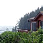 Cabin OV9A overlooking ocean