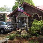 Cottage Inn neighborhood restaurant front, view.