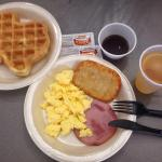 Yum breakfast! Love the Texas shape waffles. This was the best LaQuinta I've been to. Clean, gre