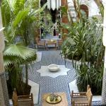 Le patio du riad Les Oudayas de Fès.
