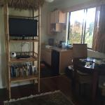 Valley View Room TV and kitchen