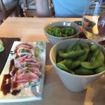Entrées et plats au restaurant Shoon, mention spéciale pour le thon mi-cuit !! 😋