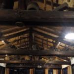 copertura originale in legno a vista e capriate
