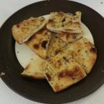 Pizza blanche huile d'olives et épices