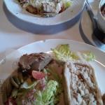 Ассорти паштетов. Салат с яйцом Пашот.