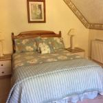 Double room with en-suite with views over rear garden
