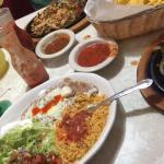 shrimp fajitas, mixed fajitas, chips-n-salsa, margaritas