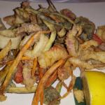 The mixed seafood/veggie platter.