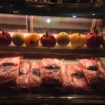牛肉湯用的肉讓客人看得到