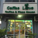 This is the one of the where u can get good coffee and u can go and sign with your friend or fam