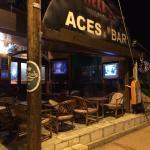 Aces Sports & Cocktail Bar Foto