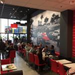 La salle Steak n Shake Toulon à l'Avenue 83 (la Valette-du-Var)
