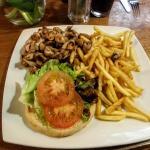 Chicken burger with sautee mushrooms