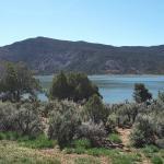 Views of Navajo Lake from Rosa Loop