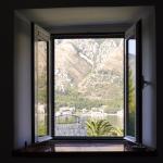 Photo de Kamena Palata Apartments