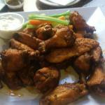 Wings,fruit daiquiri, quipe