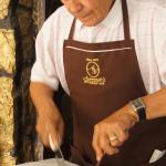 Armando slicing the Chateaubriand