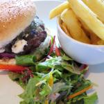 Blue Cheese Burger - A nice lunch at The Exhibition (25/Apr/16).