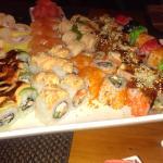 Суши на вид неплохие, но на вкус отвратительные.
