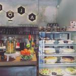 Фотография Mo-ja Cafe & Bistro