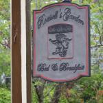 Roussell's Garden-bild