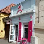 Cofetarie Brasov - La Casa de Turta Dulce - At the Gingerbread House - 100% Natural Tort