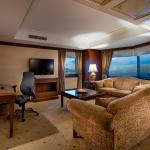 Executive Suit Dining Room