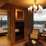 Riverview Suite