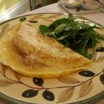 Light Italian omellette with cipolle!