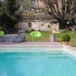 piscine bleu lagon
