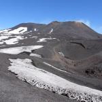 Vue du sommet de l'Etna depuis l'arrêt des bus 4x4.