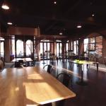 Blackwood Bar & Restaurant, Verona Tublan แบล็ควูด บาร์ แอนด์ เรสเตอรองต์, เวโรน่า ทับลาน ปราจีน