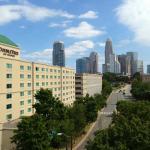 DoubleTree by Hilton Hotel Charlotte - Gateway Village