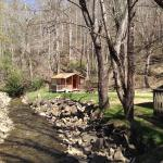 Camping Cabin on the Creek